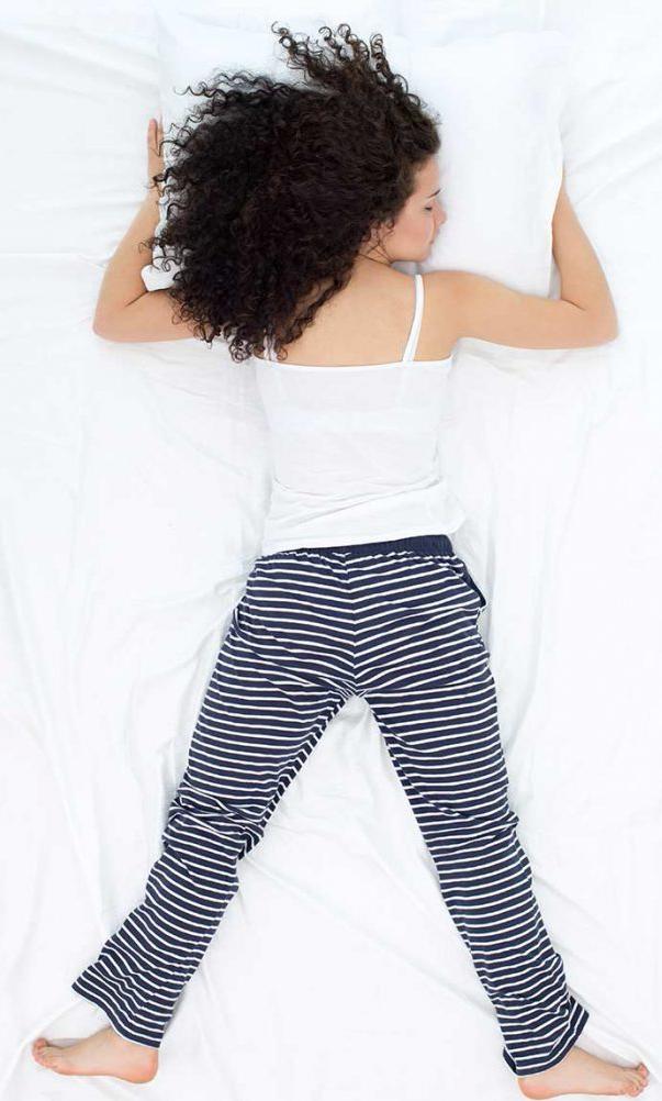 Freefall-Sleep-Position-699x1024