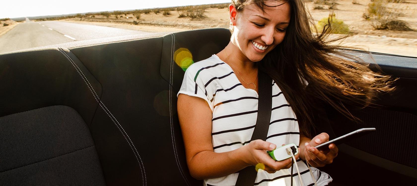 belkin-portable-charging-photo-lifestyle-roadtrip-convertible